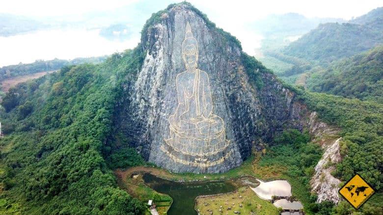 Sehenswürdigkeiten Pattaya Buddha Mountain Laser Buddha