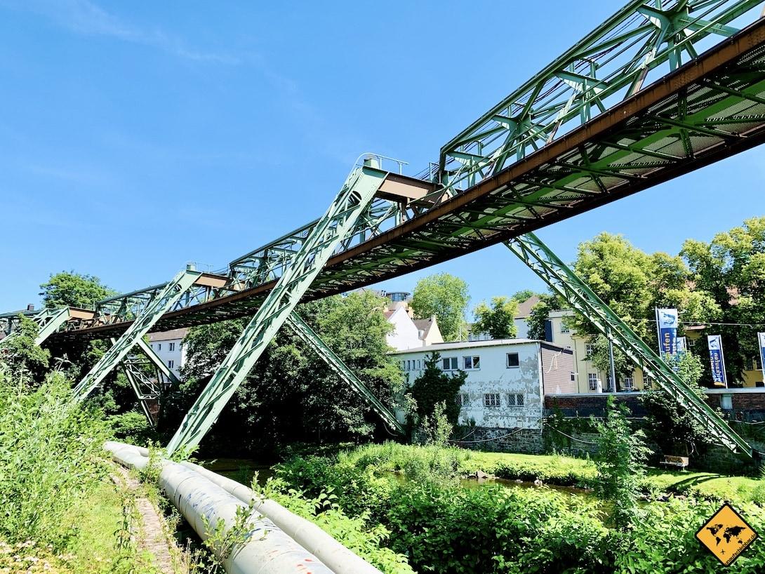Sehenswürdigkeiten in Wuppertal Schwebebahn