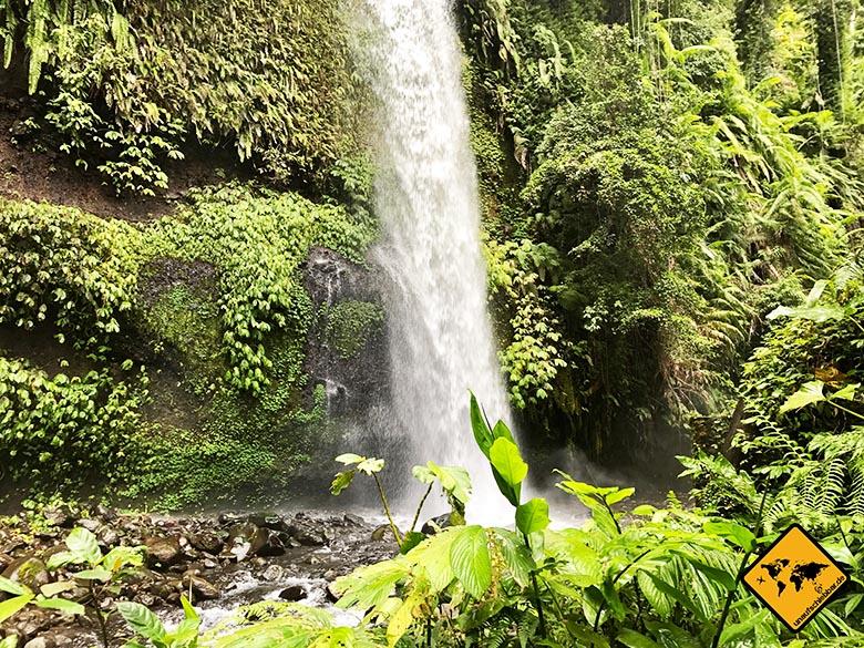 Seitenblick Lombok Wasserfall Sendang Gile