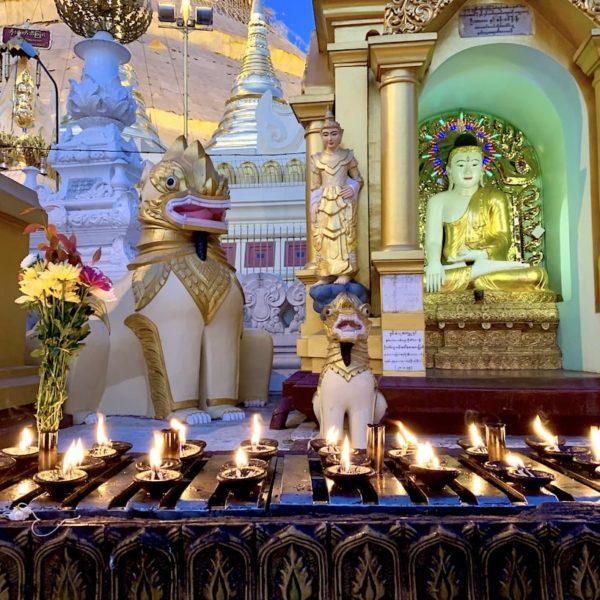 Shwedagon Pagode Myanmar Kerzen Figuren