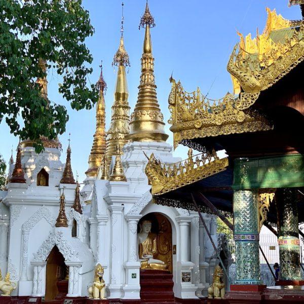 Shwedagon Pagode Myanmar Neben-Tempel