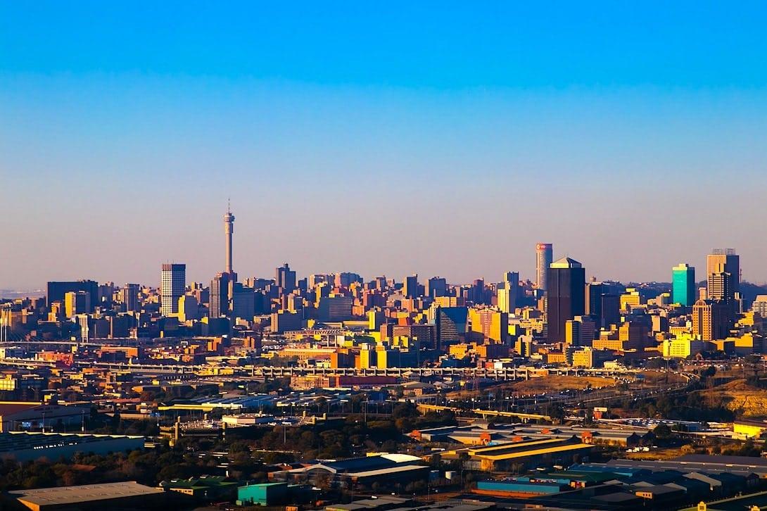 Sicherheit in Südafrika Johannesburg Skyline