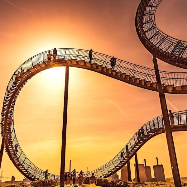 Sonnenuntergang Tiger and Turtle Magic Mountain Duisburg