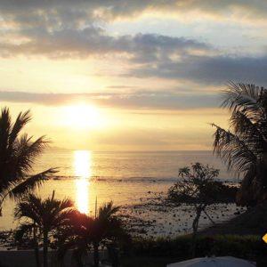 Sonnenuntergang in Serririt im Norden von Bali
