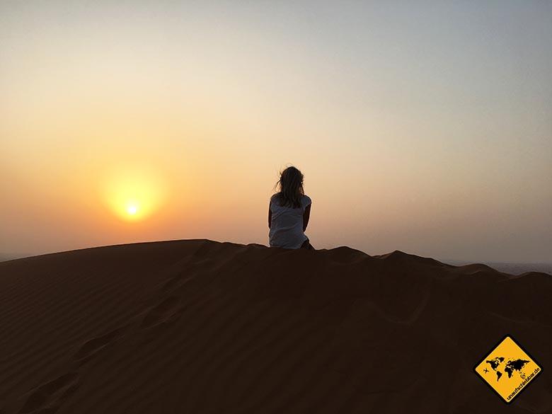 Dubai Attraktionen: Sonnenuntergang in der Wüste von Dubai