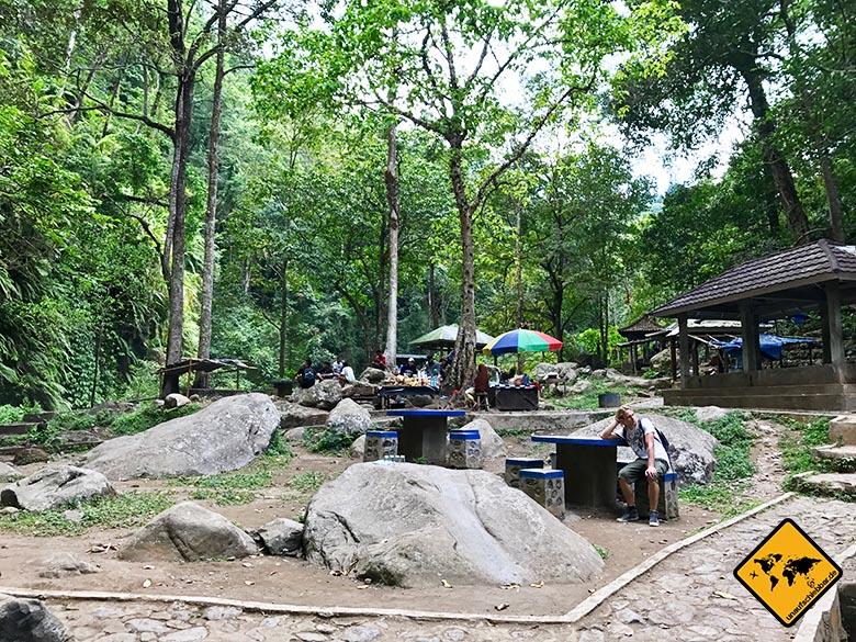 Speisebereich Lombok Wasserfall Sendang Gile