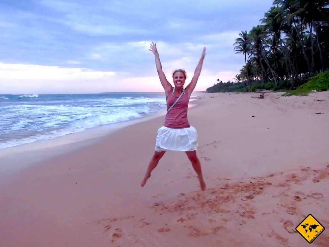 Sri Lanka Regenzeit Vorteil einsamer Strand