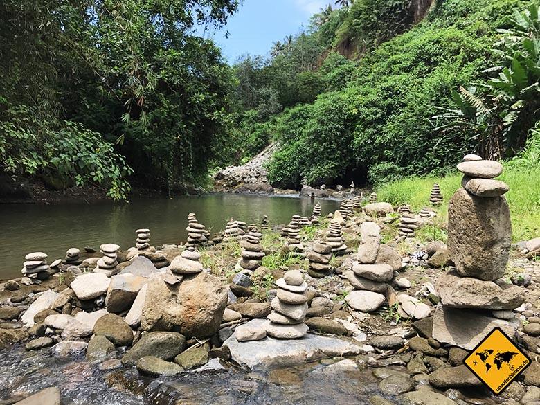 Stein Skulpturen Tegenungan