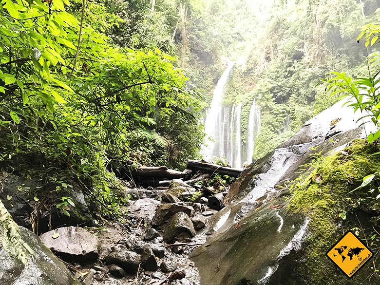 Steinaufstieg Lombok Wasserfall Tiu Kelep
