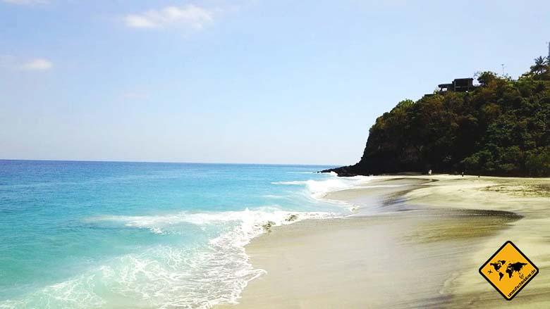 Strände auf Lombok Pantai Setangi 3