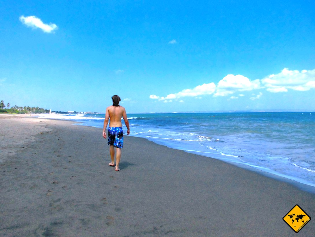 Strandspaziergang Bali Kuta