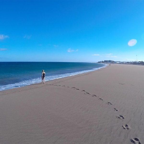 Strandspaziergang Puerto del Carmen Playa de los Pocillos