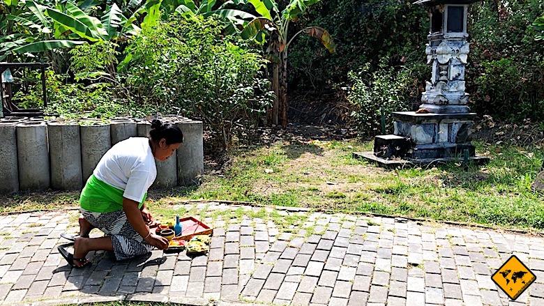 Tempel auf Bali Opfergaben
