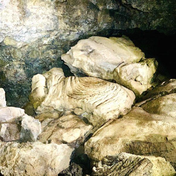 Teneriffa Icod Cueva del Viento Lavagestein