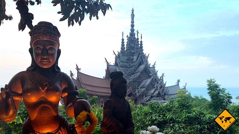 Thailand Urlaub Kosten Ausflüge Sanctuary of truth