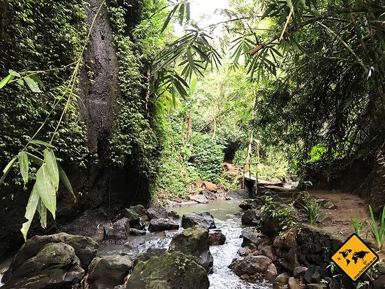 Tibumana Waterfall Fluss