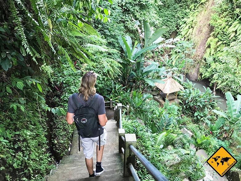 Tibumana Waterfall grüner Weg