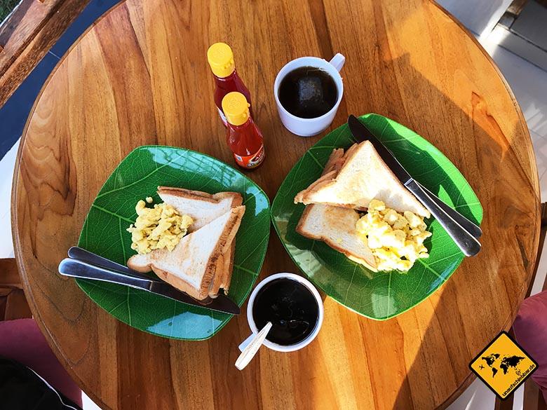 Timbool Bungalow Nusa Penida Frühstück