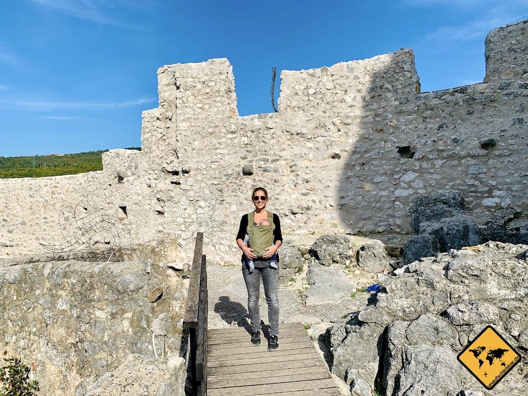 Trsat Castle Babytrage