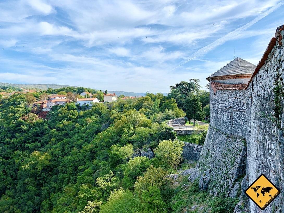 Trsat Castle Mauer Bäume