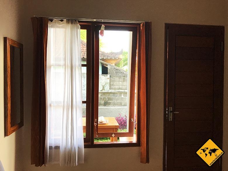 Ubud Unterkunft Empfehlung Sakha House helles Zimmer