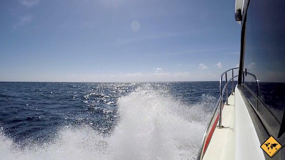 Die Fahrt mit dem Schnellboot von Bali auf die Gili Inseln kann je nach Wellengang turbulent werden