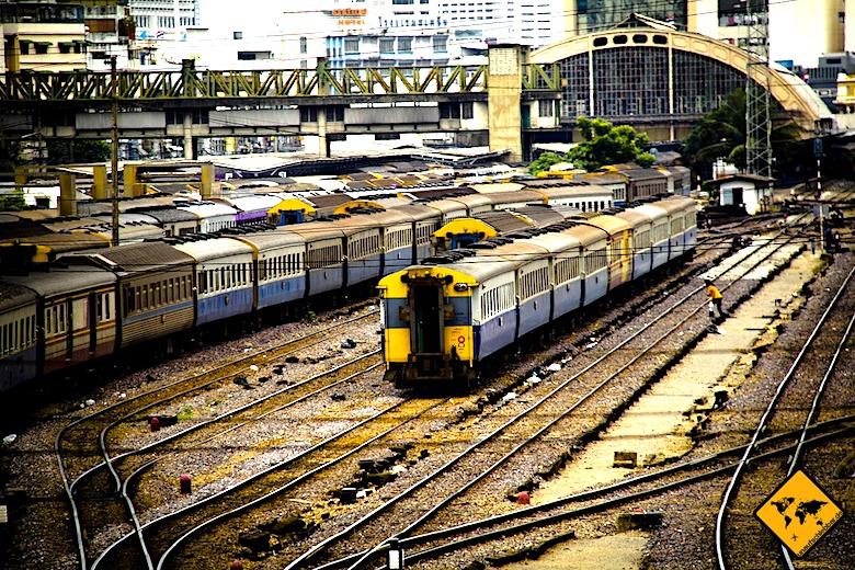 Von Bangkok nach Koh Samui Bahnhof