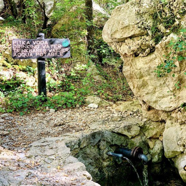 Wanderung Paklenica Nationalpark Kroatien Trinkwasser