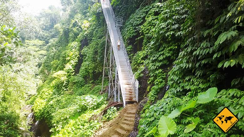 Wasserfall Bali Air Terjun Kuning Treppe