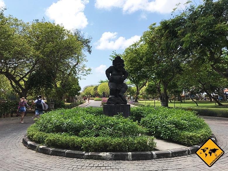 Waterblow Bali Parkanlage