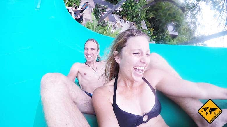 Waterbom Bali Boomerang Reifenrutsche