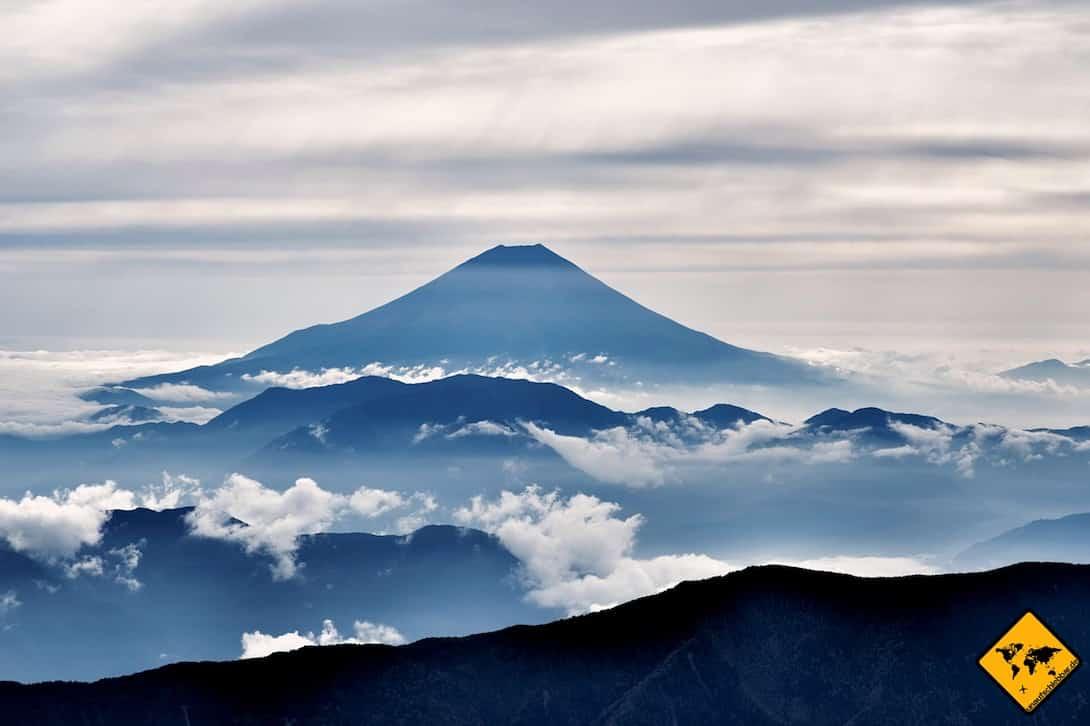 Frauke und Henning wählen als Ziel ihrer persönlichen Weltreise Route beide Japan mit aus