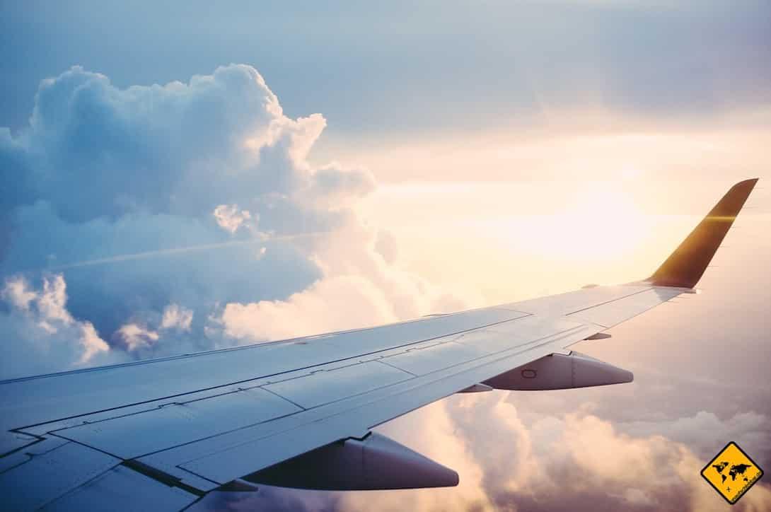 Wenn du vor dem Reisebeginn ein Weltreise Ticket buchst, kann dies viel Zeit, Mühe und Geld sparen