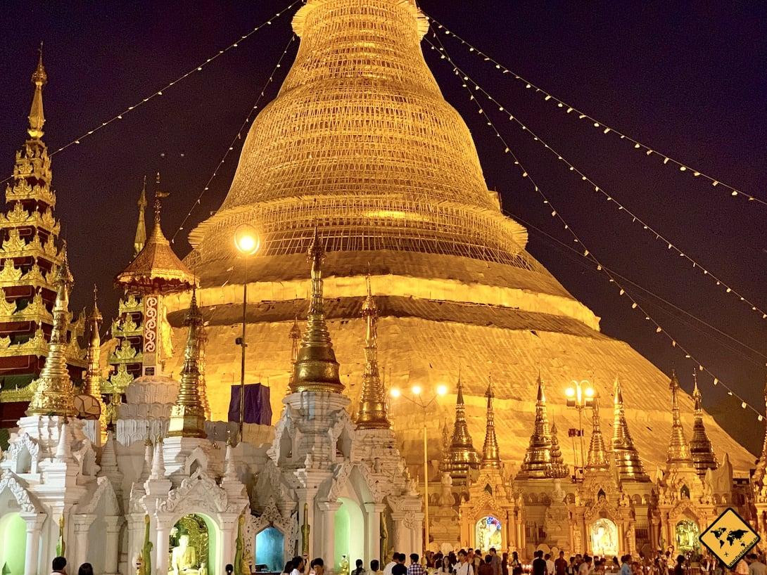 Yangon Myanmar Wahrzeichen Shwedagon Pagode