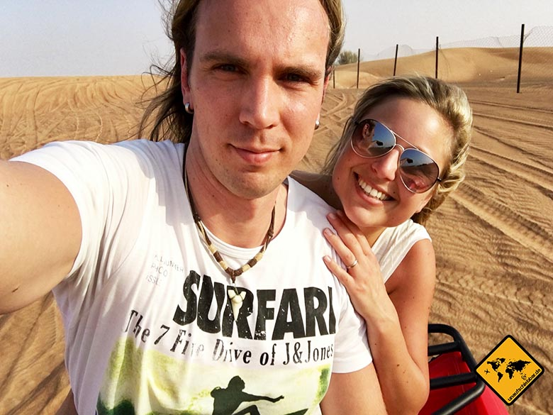 Zu zweit mit dem Quad durch die Wüste von Dubai