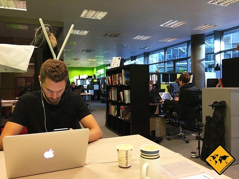 digitale Nomaden Kritik Arbeitsroutinen Coworking Spaces