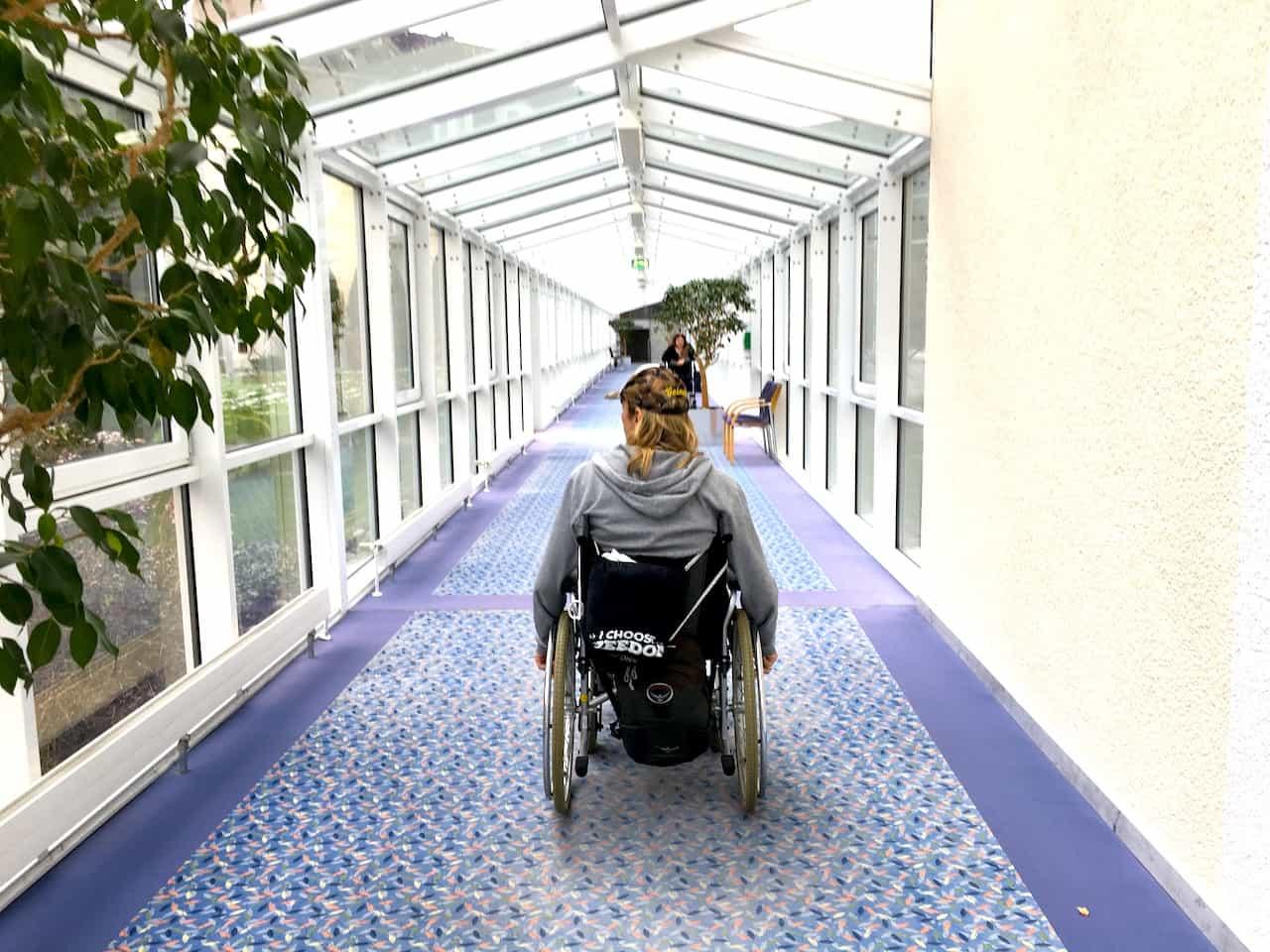 unaufschiebbar Unfall Rollstuhl